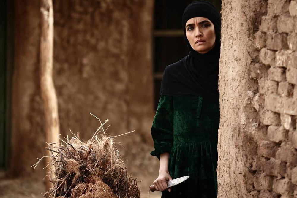 میترا حجار در فیلم سینمایی ماهورا