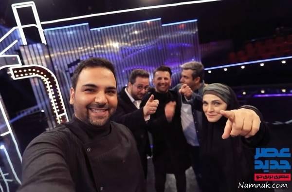 احسان علیخانی در پشت صحنه برنامه تلویزیونی عصر جدید به همراه امین حیایی، رویا نونهالی و آریا عظیمینژاد