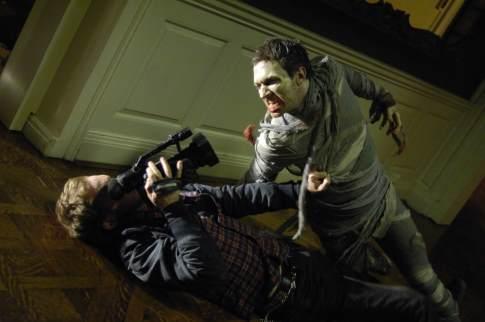 Philip Riccio در صحنه فیلم سینمایی خاطرات مردگان به همراه Joshua Close