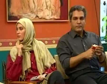 سحر زکریا در صحنه سریال تلویزیونی پاورچین به همراه مهران مدیری