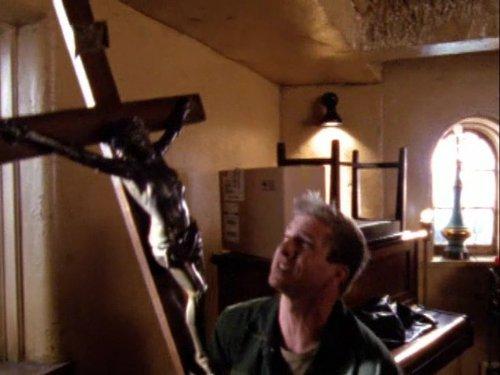 Kenny Johnson در صحنه سریال تلویزیونی شیلد