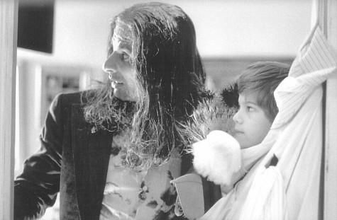 David Thornton در صحنه فیلم سینمایی تنها در خانه 3 به همراه Alex D. Linz