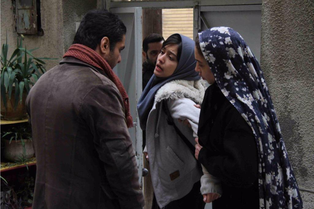 یک انتقاد آشکار به جامعه کنونی ایران