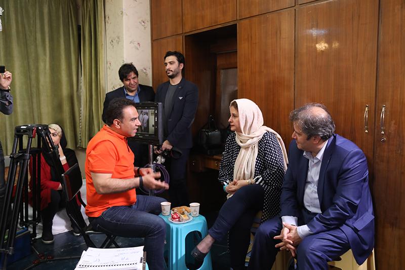 بهمن گودرزی در پشت صحنه فیلم سینمایی ما خیلی باحالیم