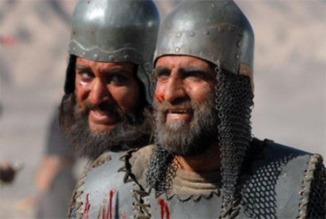 کریم اکبریمبارکه در صحنه سریال تلویزیونی مختارنامه به همراه حمیدرضا عطایی