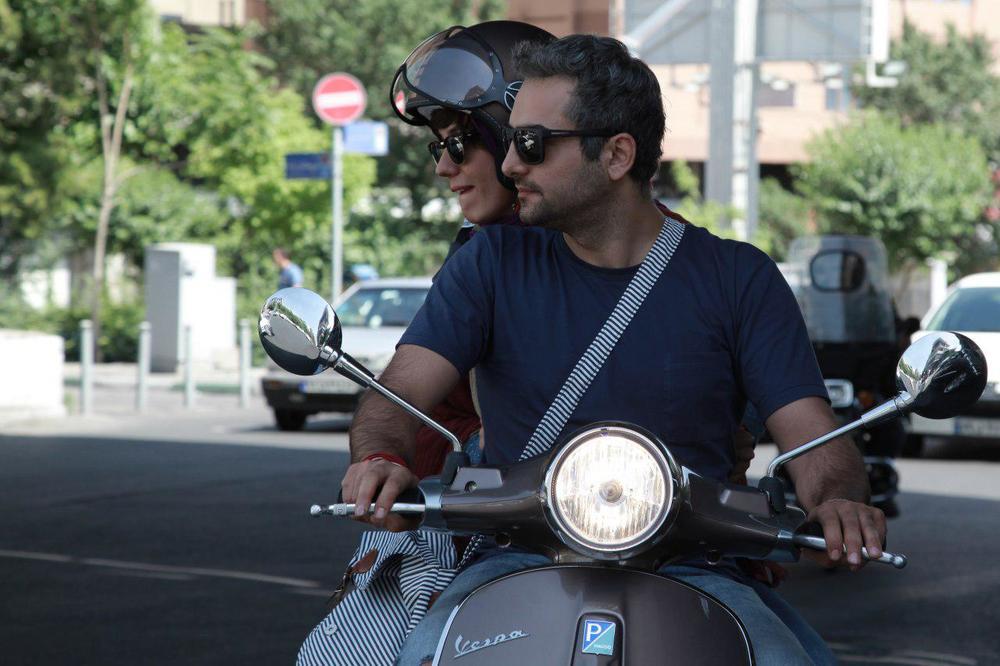 سارا بهرامی و حامد کمیلی در فیلم ایتالیا ایتالیا