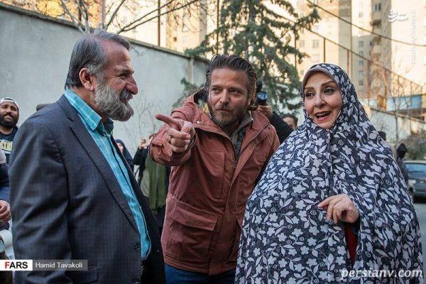 علیرضا نجفزاده در صحنه سریال تلویزیونی زوج یا فرد به همراه مرجانه گلچین و مهران رجبی