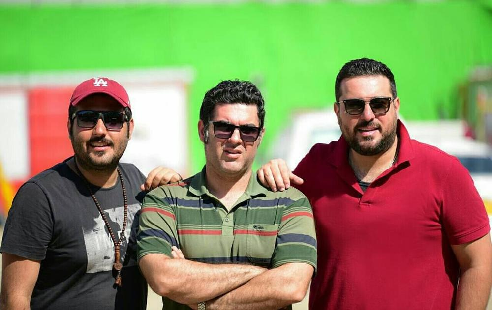 محسن کیایی و مصطفی کیایی در پشت صحنه فیلم سینمایی چهارراه استانبول