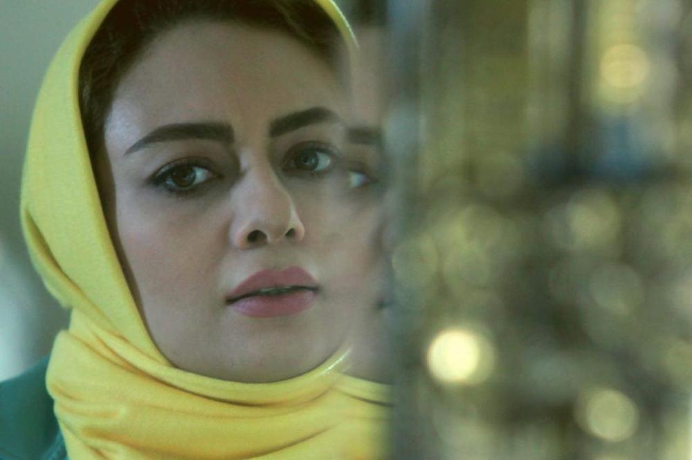 نیکتا ناصر در صحنه فیلم سینمایی فصل نرگس
