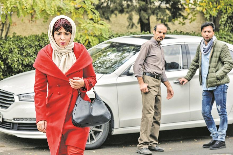 لیلا اوتادی در فیلم آزاد به قید شرط