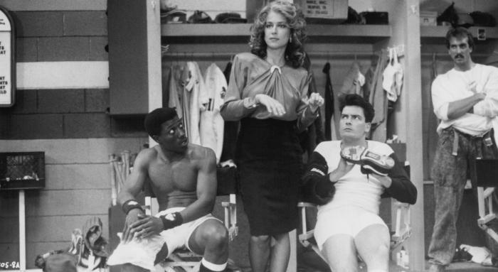 Margaret Whitton در صحنه فیلم سینمایی Major League به همراه وسلی اسنایپس و چارلی شین