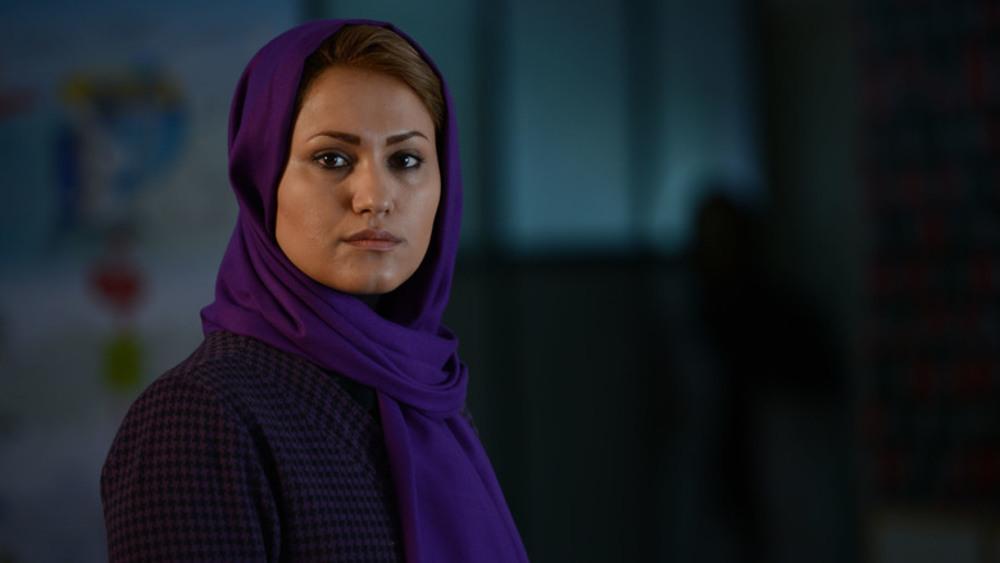 مهسا آبیز در صحنه فیلم سینمایی حراج