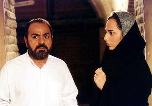 پرویز پرستویی و رعنا آزادیور در فیلم سینمایی مارمولک