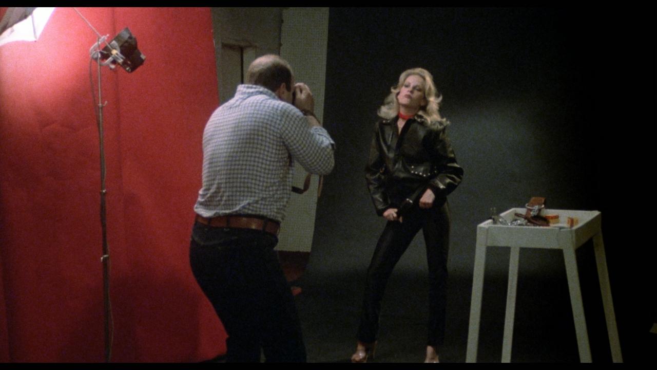 Nicholas Worth در صحنه فیلم سینمایی Don't Answer the Phone! به همراه Pamela Jean Bryant