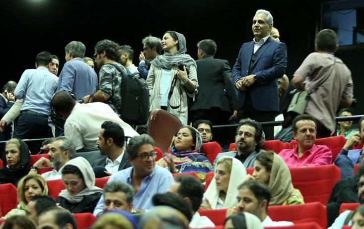 نمایی از مراسم اکران خصوصی فیلم ساعت 5 عصر