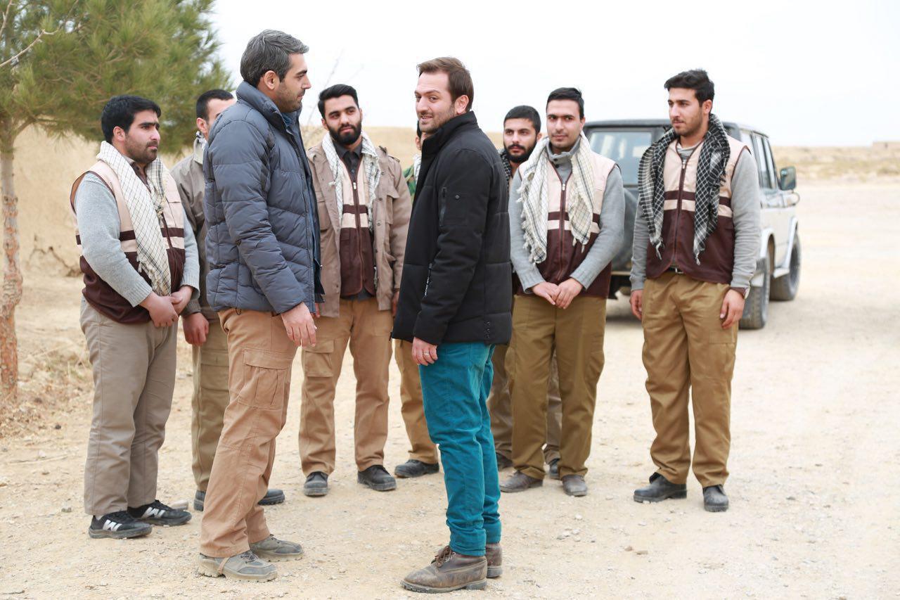 هادی دیباجی در صحنه سریال تلویزیونی راه و بیراه