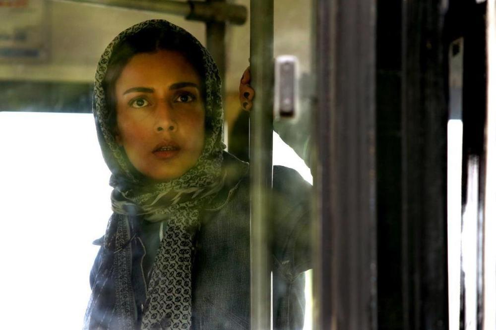 لیلا زارع در فیلم سینمایی غیر مجاز