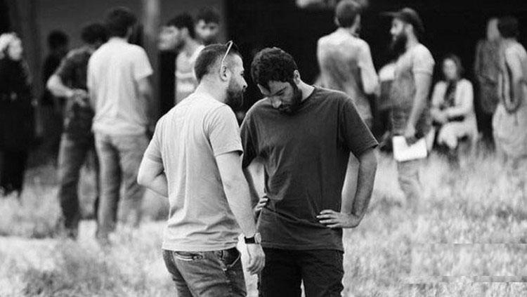 هومن سیدی و نوید محمدزاده در فیلم سینمایی مغزهای کوچک زنگ زده