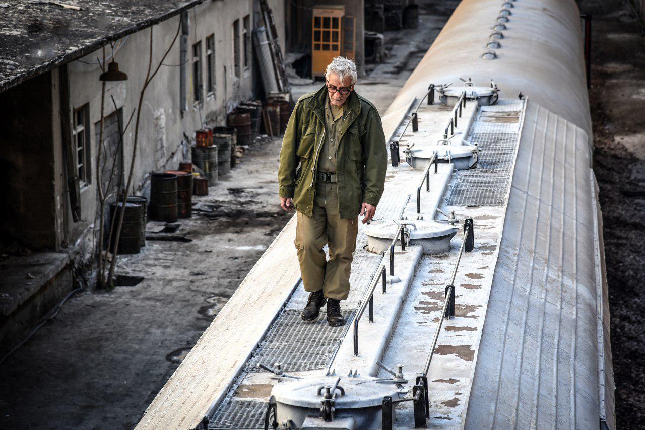 مسعود رایگان در فیلم سینمایی سرو زیر آب