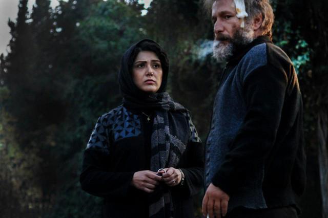 باران کوثری و رضا بهبودی در فیلم شنل
