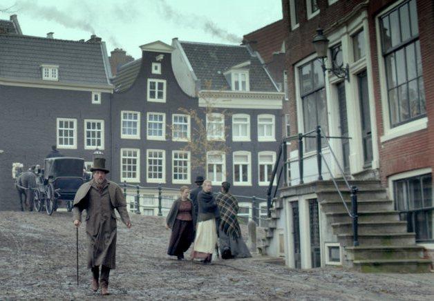 Gijs Scholten van Aschat در صحنه فیلم سینمایی Public Works