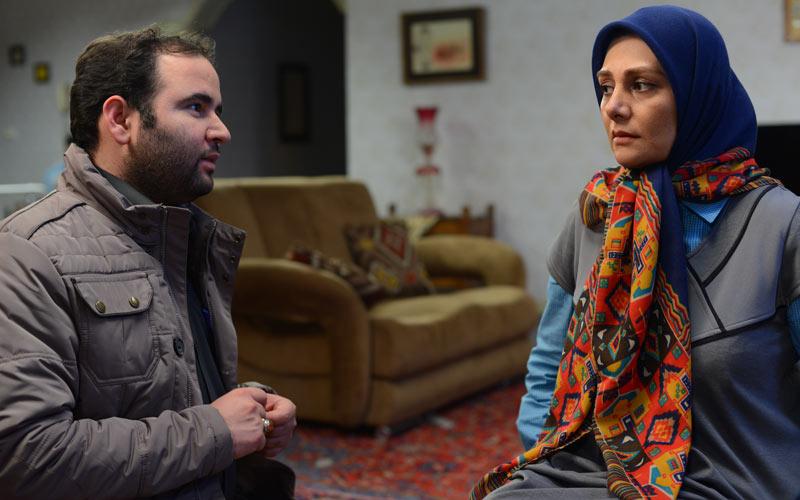 سید جلال دهقانیاشکذری در صحنه فیلم سینمایی دلبری به همراه هنگامه قاضیانی