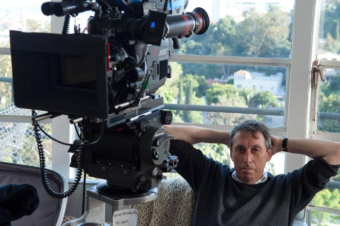 ایوان رایتمن در صحنه فیلم سینمایی بدون تعهد