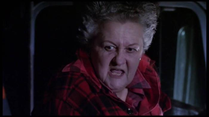 Alice Nunn در صحنه فیلم سینمایی ماجراجویی بزرگ پی  وی