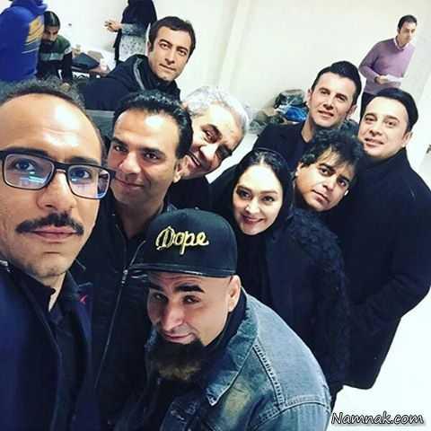 مجید صالحی در پشت صحنه فیلم سینمایی ثبت با سند برابر است به همراه سپند امیرسلیمانی، امین حیایی، الهام حمیدی، علی مسعودی و بهمن گودرزی