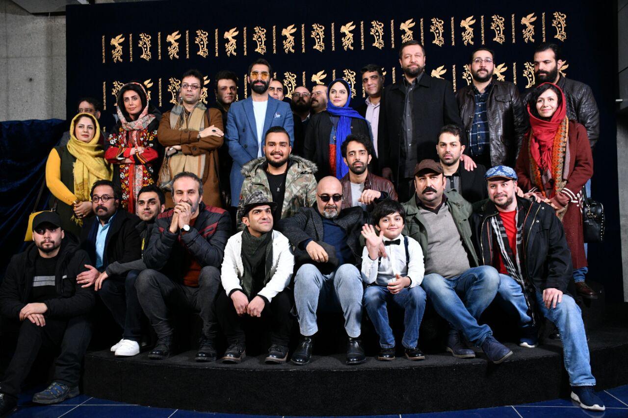 اصغر نژادایمانی در جشنواره فیلم سینمایی مصادره به همراه نرگس آبیار، مهران احمدی، مزدک میر عابدینی، هادی کاظمی و رضا عطاران