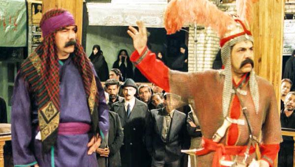 پرویز فلاحیپور در صحنه سریال تلویزیونی شب دهم