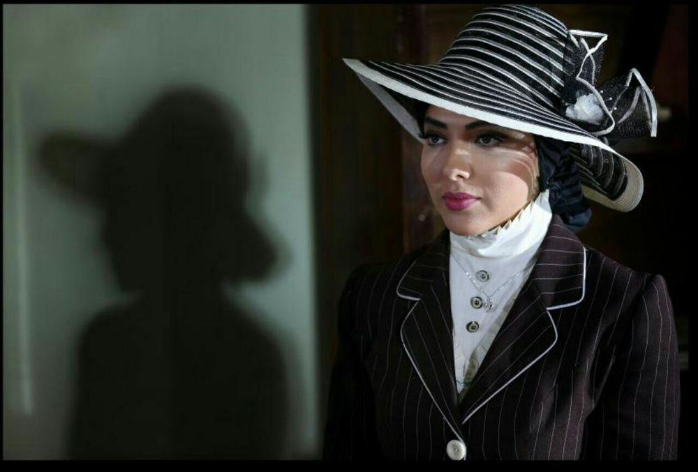 لیلا اوتادی در فیلم آشوب