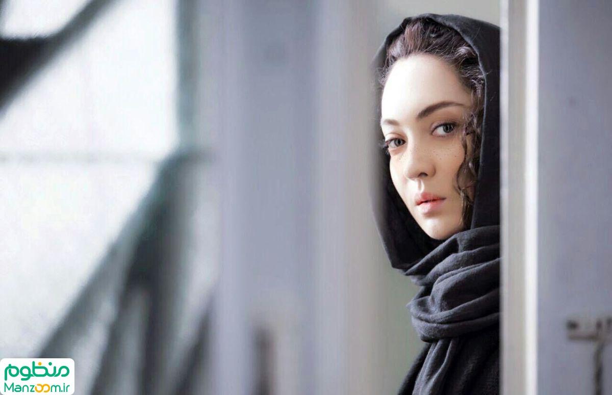 نیکی کریمی در صحنه فیلم سینمایی آذر
