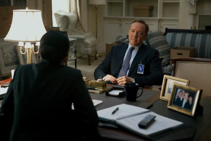 سریال تلویزیونی خانه پوشالی با حضور کوین اسپیسی و Larry Pine