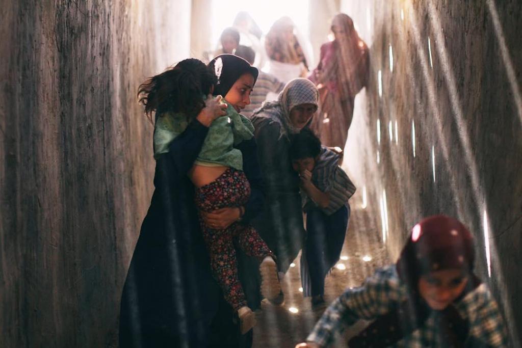 پریناز ایزدیار در فیلم ویلاییها