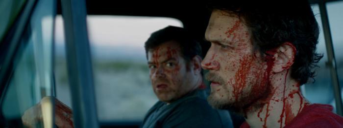 Matt Bettinelli-Olpin در صحنه فیلم سینمایی Southbound به همراه Chad Villella