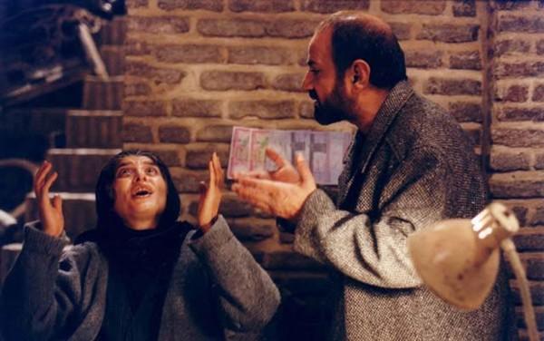 پرویز پرستویی و مائده طهماسبی در فیلم سینمایی مارمولک
