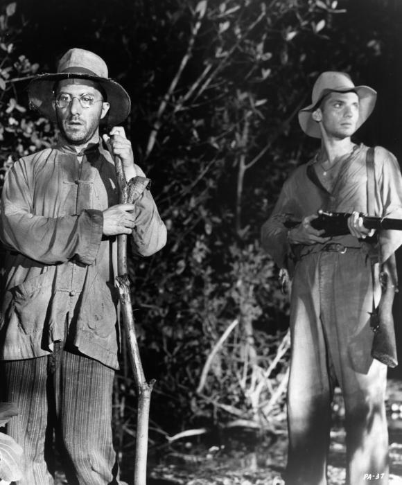 Robert Deman در صحنه فیلم سینمایی پاپیون به همراه داستین هافمن