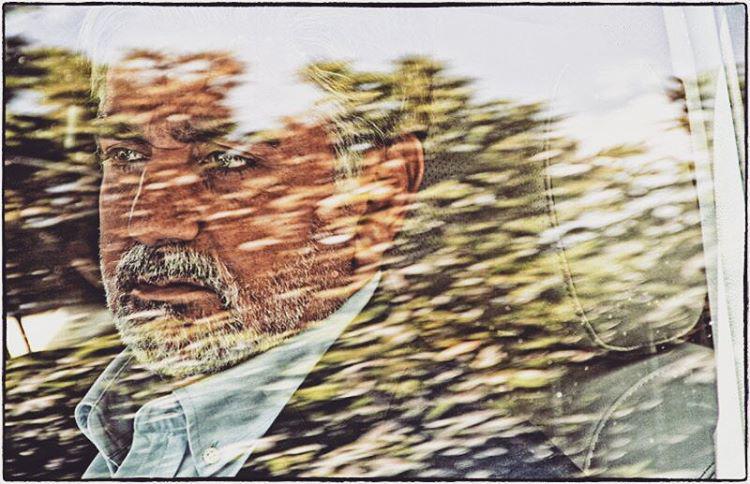 پرویز پرستویی در فیلم قاتل اهلی