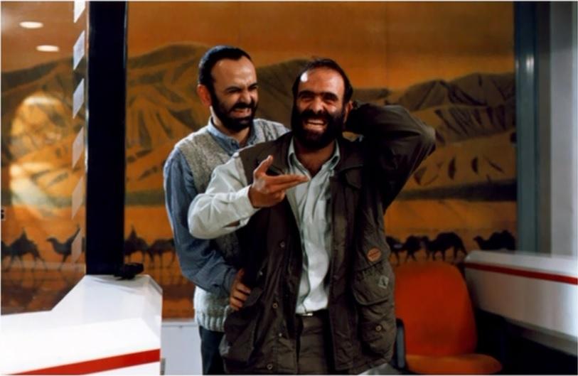 حبیب رضایی و اصغر نقیزاده در فیلم آژانس شیشهای