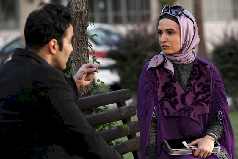 گلاره عباسی و پوریا پورسرخ در سریال تلوزیونی برادر