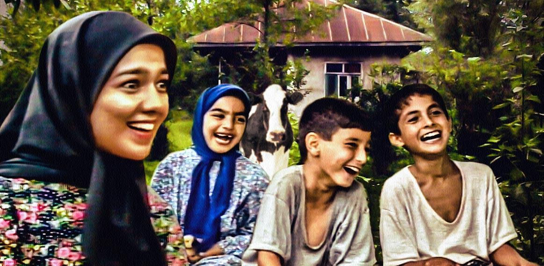 امیر محمدزاده در صحنه سریال تلویزیونی دنیای شیرین دریا به همراه حمزه شیرعلیپور، پوپک گلدره و مهسا ملاپور