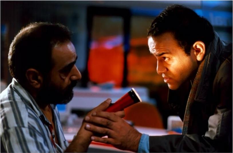 پرویز پرستویی در فیلم آژانس شیشهای