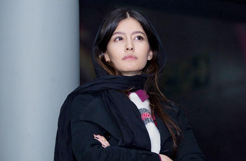 پردیس احمدیه در صحنه فیلم سینمایی سد معبر