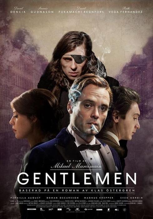 Sverrir Gudnason در صحنه فیلم سینمایی Gentlemen به همراه Ruth Vega Fernandez، David Fukamachi Regnfors و David Dencik