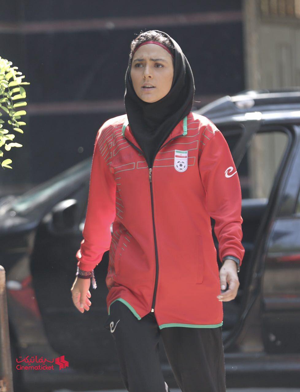 هدی زین العابدین در فیلم سینمایی عرق سرد