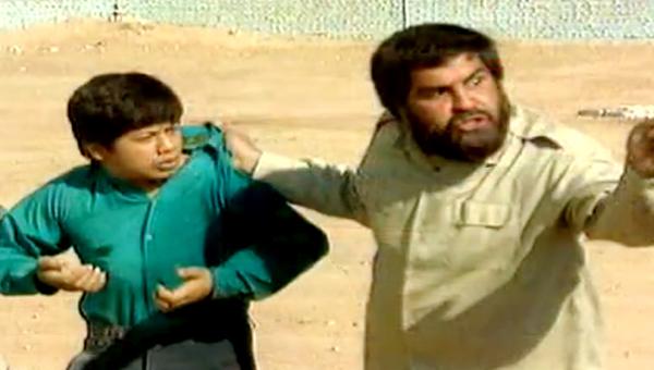 محسن خرمدره در صحنه سریال تلویزیونی بهترین تابستان من به همراه علی صادقی
