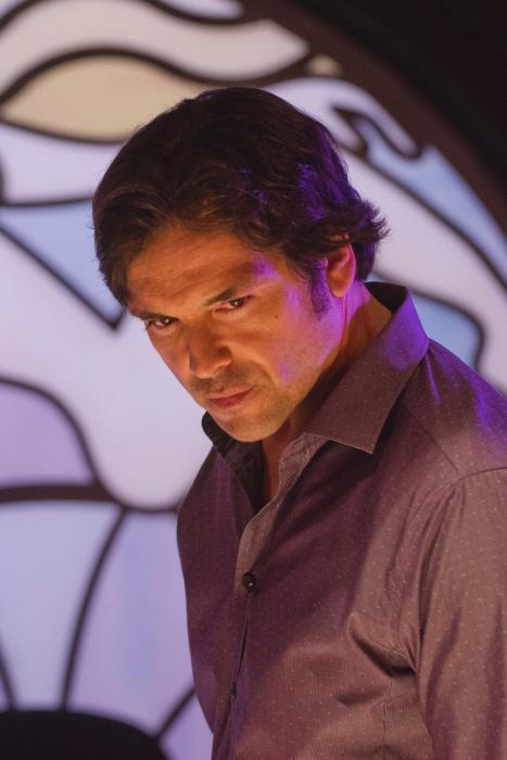Jason Gedrick در صحنه سریال تلویزیونی دکستر