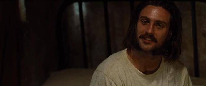آرون تیلور جانسون در صحنه فیلم سینمایی حیوانات شب زی