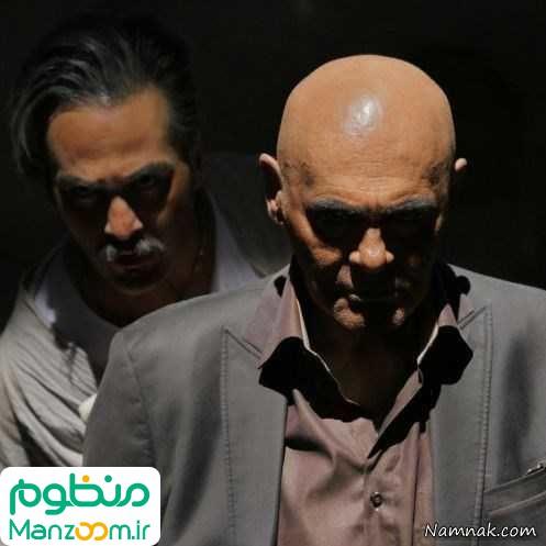 جمشید هاشمپور در صحنه فیلم سینمایی هاری به همراه میلاد کیمرام